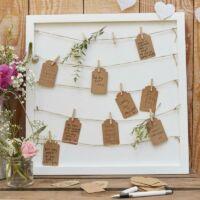 esküvői vendégkönyv (alternatív) – képkeret fa csipeszekkel