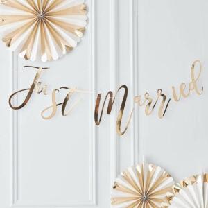 Just Married esküvői felirat – arany