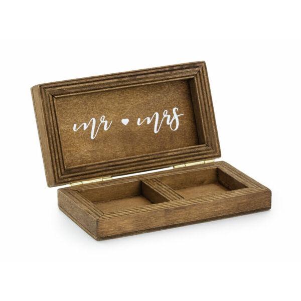 fa gyűrűtartó doboz - Mr és Mrs